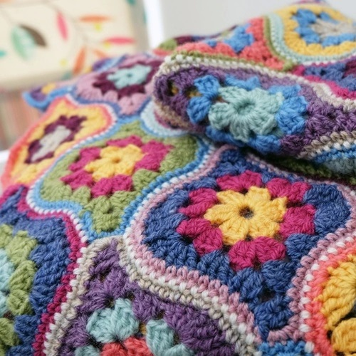 Mystical Lanterns Crochet Blanket Pattern – Janie Crow product image