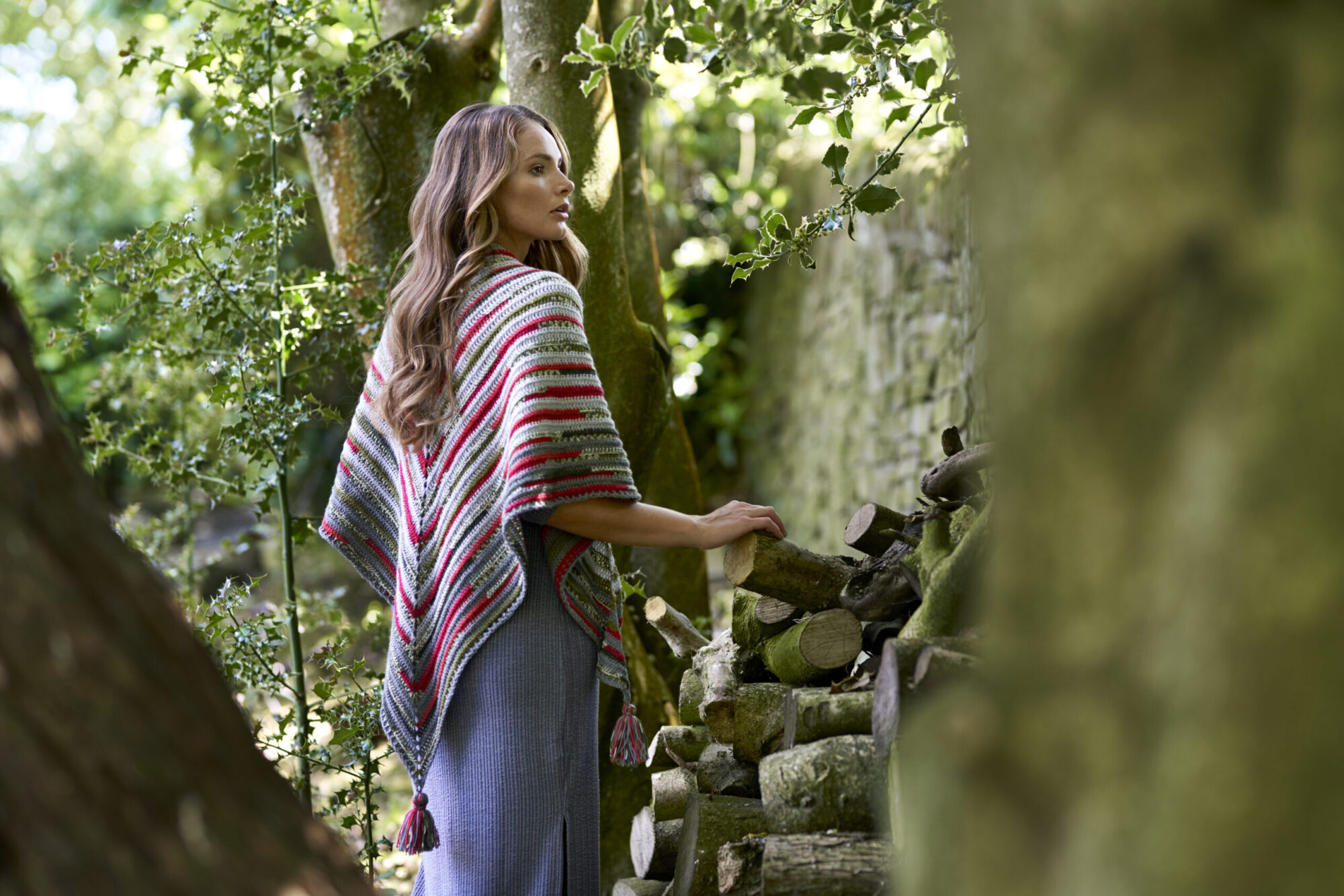 West Yorkshire Spinners Signature 4ply – Holly Berry Shawl Crochet Pattern product image